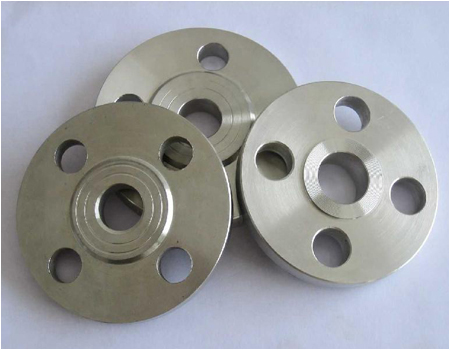Threaded steel flanges
