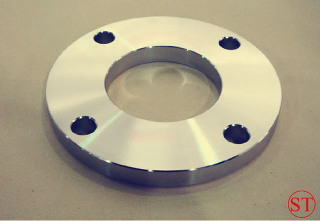 A105 Q235 St37.2 C22.8 Carbon Steel Flat Plate Flange